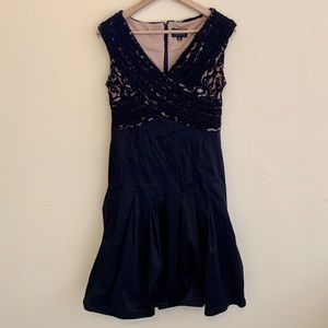 Adrianna Papell | Lace Bust Evening Dress 10P
